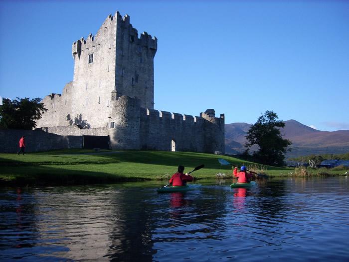 Sea Kayaking – Outdoors Ireland