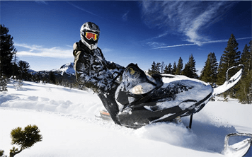 Snowmobiles, Bar Crawl & Clubbing Weekend – Riga