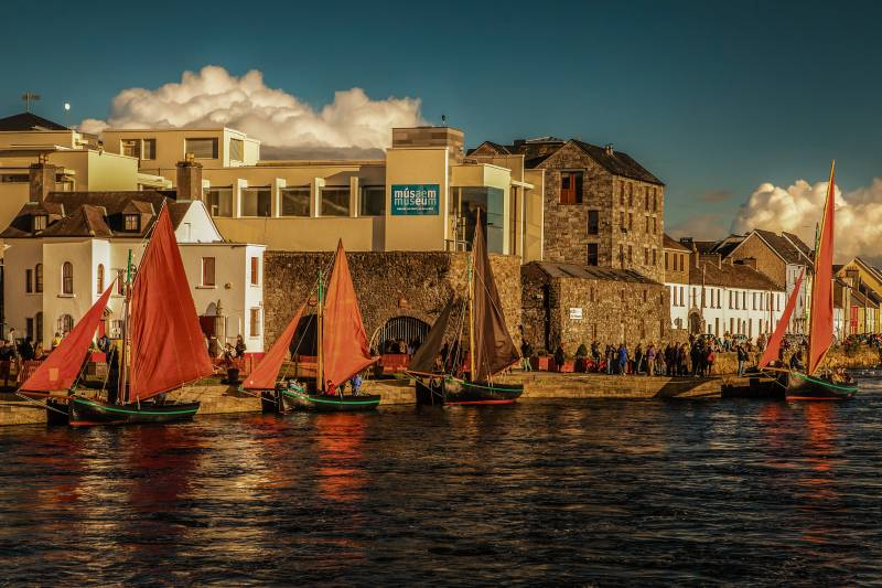 Boat Tour – Galway